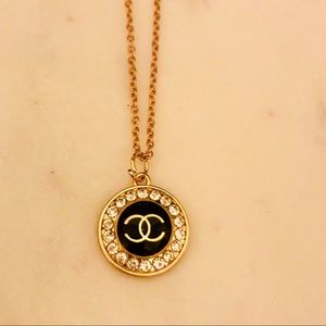 CHANEL Auth Stamped CC Logo Pendant +Gold Necklace
